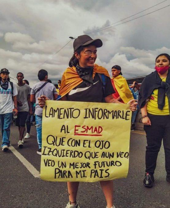 Blog Badac   El lenguaje y los pedazos de papel en espacios de protesta y galerías